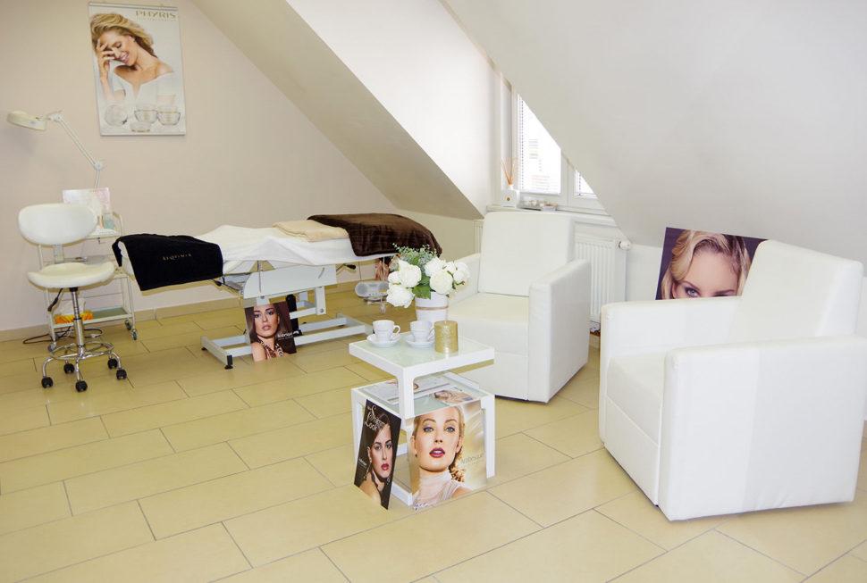 Kosmetický salon Vesna kosmetické lehátko